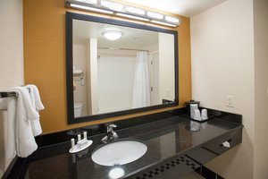 Room - Fairfield Inn & Suites by Marriott Orange Beach