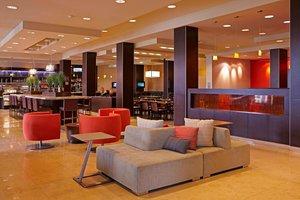 Lobby - Courtyard by Marriott Hotel Hotel Circle San Diego