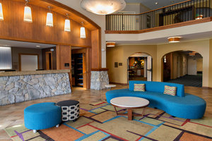 Lobby - Fairfield Inn & Suites by Marriott Sebastopol