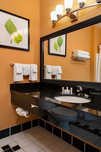 - Fairfield Inn & Suites by Marriott Sebastopol
