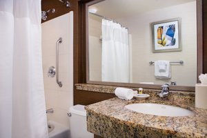 - Fairfield Inn by Marriott Cal Expo Sacramento
