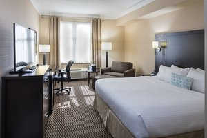 Room - Delta Hotel by Marriott Guelph