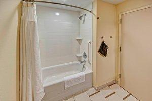 Room - Fairfield Inn & Suites by Marriott Destin Beach