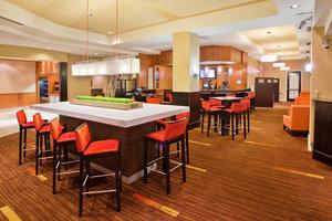 Restaurant - Courtyard by Marriott Hotel Downtown Edmonton