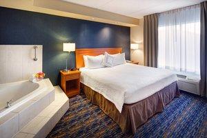 Suite - Fairfield Inn & Suites by Marriott Brampton
