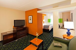 Suite - Fairfield Inn & Suites by Marriott Mississauga