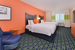 Room - Fairfield Inn & Suites by Marriott Aurora