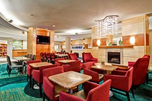 Restaurant - SpringHill Suites by Marriott Erie