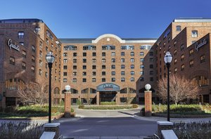 Exterior view - Graduate Hotel Minneapolis