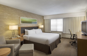 Room - Holiday Inn Grand Rapids Airport Kentwood