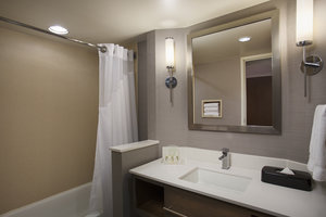 - Holiday Inn Grand Rapids Airport Kentwood