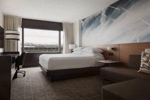 Room - Marriott Hotel EWR Airport Newark