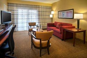Suite - Courtyard by Marriott Hotel Devon Wayne