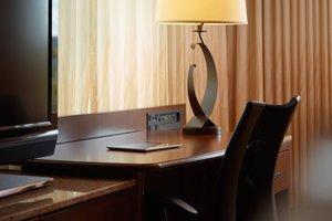 Room - Marriott MeadowView Conference Resort Kingsport