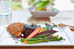 Restaurant - Marriott MeadowView Conference Resort Kingsport