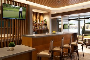 Restaurant - SpringHill Suites by Marriott Center Valley