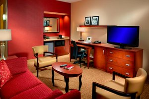Suite - Courtyard by Marriott Hotel Homewood