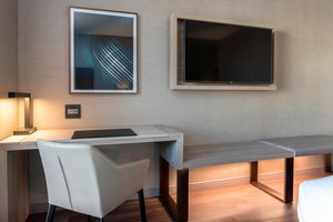 Room - AC Hotel by Mariott Downtown Boston