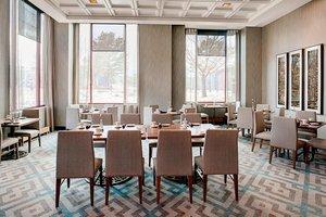 Restaurant - Marriott Hotel Colorado Springs