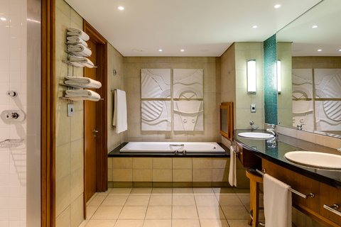 Grand Deluxe Suite - Bathroom