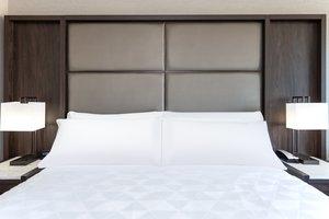 Room - Holiday Inn Chelsea