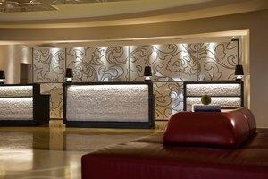 Lobby - Renaissance Hotel Newark Airport