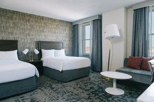 Room - Marriott St Louis Grand Hotel