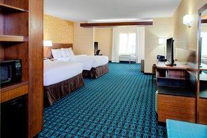 Suite - Fairfield Inn & Suites by Marriott Bakersfield