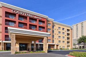 Courtyard by marriott hotel laredo tx see discounts - Laredo civic center swimming pool ...