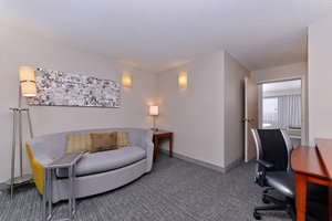 Suite - Courtyard by Marriott Hotel Laredo