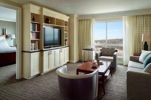 Suite - Marriott City Center Hotel Macon