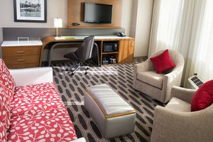 Suite - Courtyard by Marriott Hotel Downtown Minneapolis