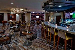 Restaurant - Renaissance Hotel Airport Philadelphia