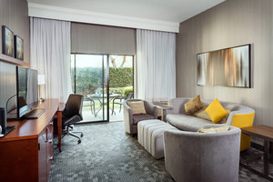 Suite - Courtyard by Marriott Hotel Stockton