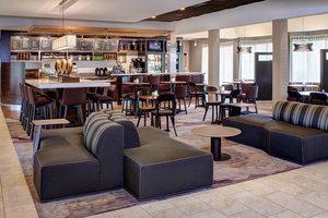 Bar - Courtyard by Marriott Hotel East Louisville