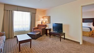 Suite - Holiday Inn Express Hotel & Suites Swift Current