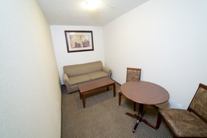 Suite - Holiday Inn Express Drayton Valley