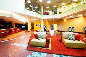 Lobby - Courtyard by Marriott Hotel East Ottawa