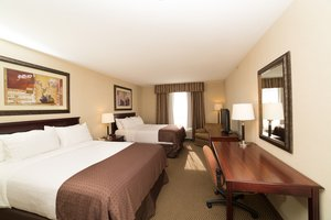 Room - Holiday Inn Hotel & Suites Lloydminster