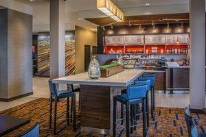 Restaurant - Courtyard by Marriott Hotel Airport Winnipeg
