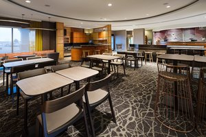 Restaurant - SpringHill Suites by Marriott Airport Denver