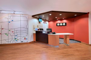 Lobby - TownePlace Suites by Marriott West Des Moines