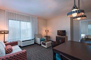 Suite - TownePlace Suites by Marriott West Des Moines