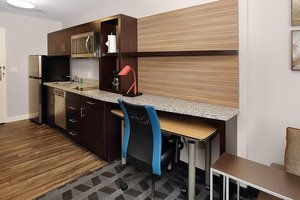Suite - TownePlace Suites by Marriott Mercer
