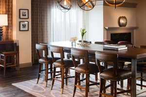renaissance waterford hotel oklahoma city ok see discounts. Black Bedroom Furniture Sets. Home Design Ideas