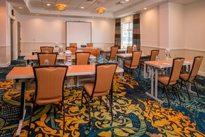 Meeting Facilities - SpringHill Suites by Marriott State College