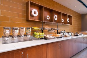 Restaurant - SpringHill Suites by Marriott Southside Pittsburgh