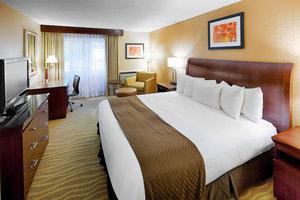 Room - Trader Duke's Hotel South Burlington