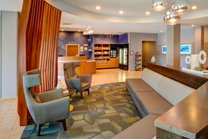 Lobby - SpringHill Suites by Marriott St Louis Brentwood