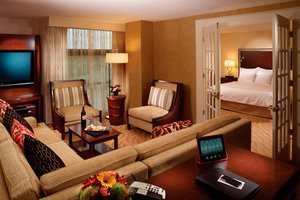 Suite - Marriott Hotel Windward Parkway Alpharetta